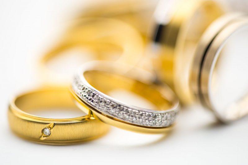 Att sälja guld och silver