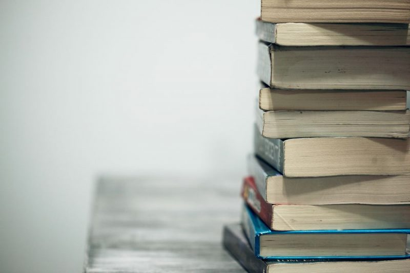 En bok kan vara byggd på flera olika sätt